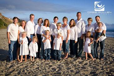 Santa Cruz Family Portrait artist Orbie Pullen captured this Family on the Beach in Santa Cruz, Ca.