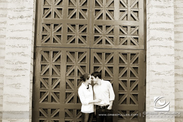 Palace-of-fine-arts-engagement-session-1